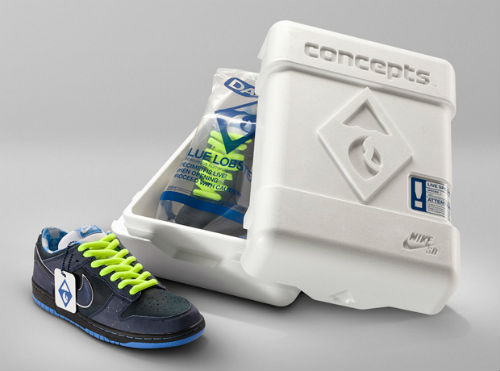 http://hypebeast.com/2009/6/concepts-x-nike-sb-dunk-low-blue-lobster-a-closer-look