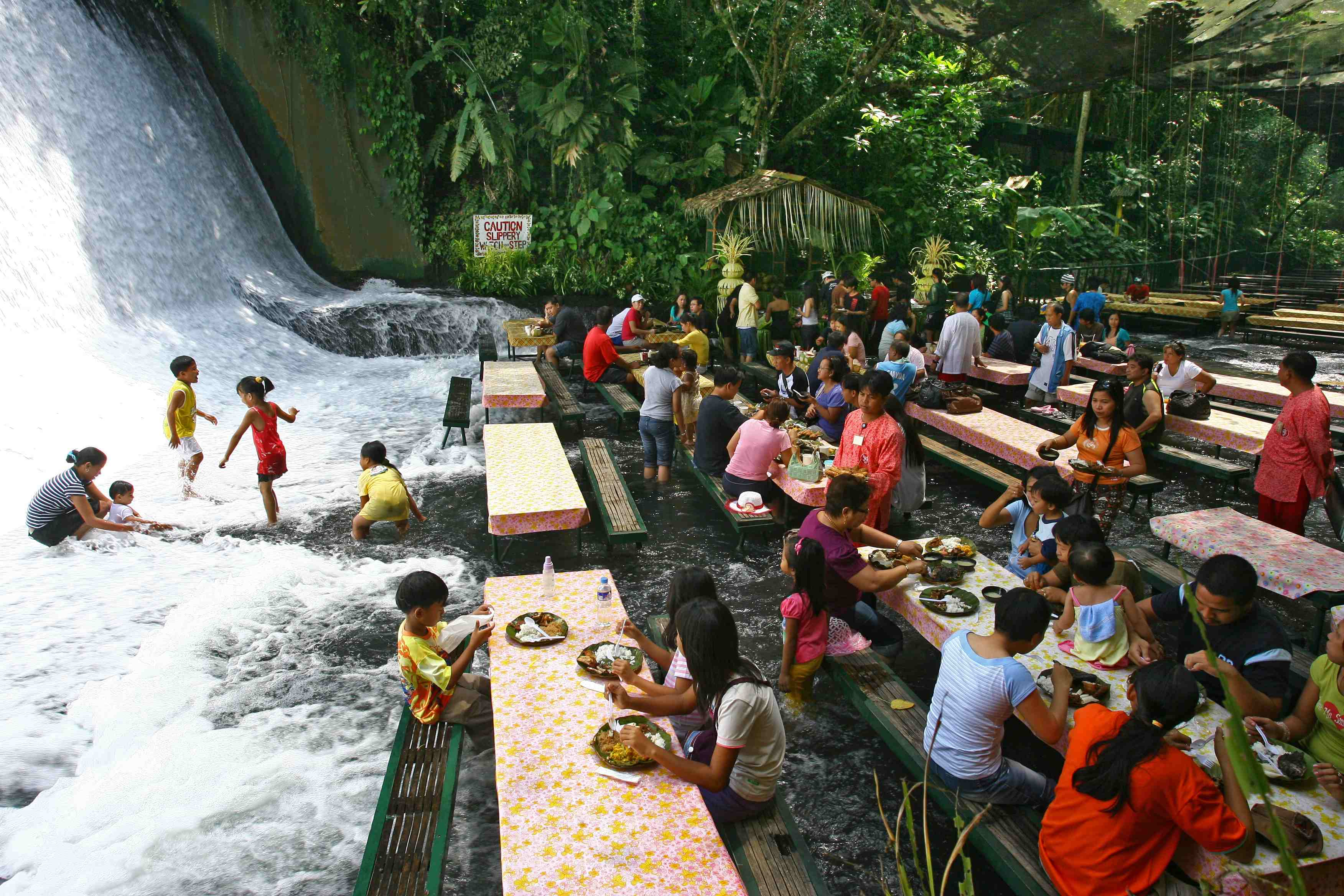 Labasin Falls restauracja