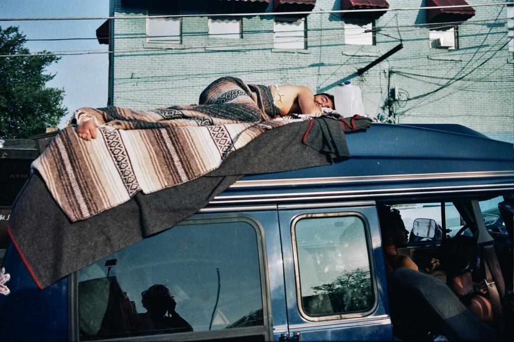 theo gosselin samochód śpiący gość HIRO