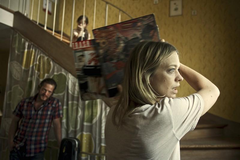 AboutaGirl_7_Parents_Fight_Jeff (Aurel Manthei)_Sabine (Heike Makatsch)_(c) IMBISSFILM_Bastian Fischer