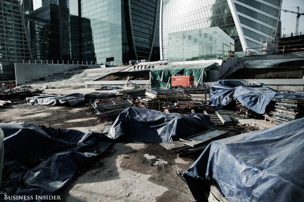 locals-report-that-construction-in-the-district-has-ground-to-a-halt-i-came-to-moscow-three-years-ago-i-dont-see-that-a-lot-has-changed-in-the-last-three-years-says-salomatin