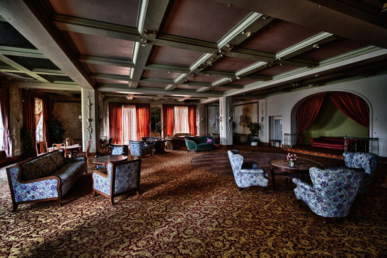 check-out-the-worlds-greatest-abandoned-hotels-7