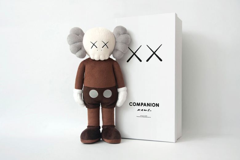 kaws-clean-slate-shanghai-times-square-limited-edition-mini-plush-dolls-1