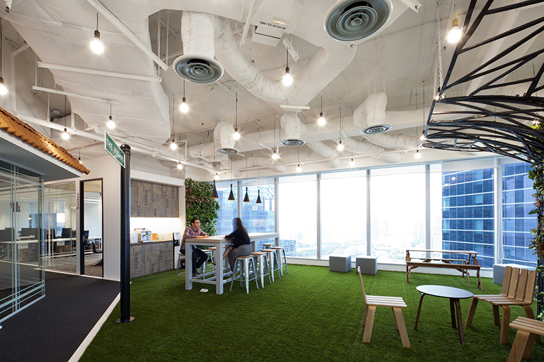 take-a-look-inside-booking-coms-singapore-office-by-sca-design-10