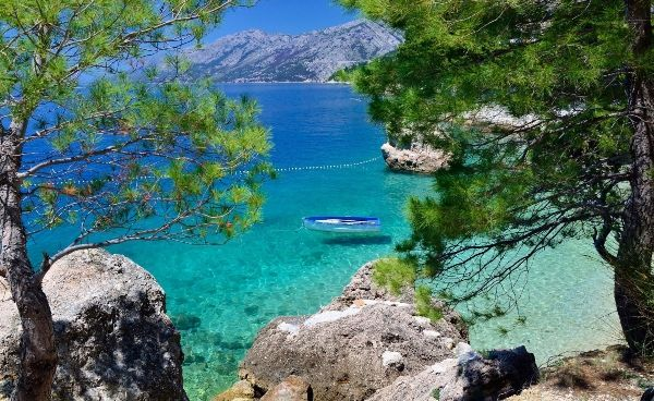 Brela-beach-Croatia