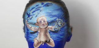 Kobieta z malowaną na twarzy okładką płyty Nirvany