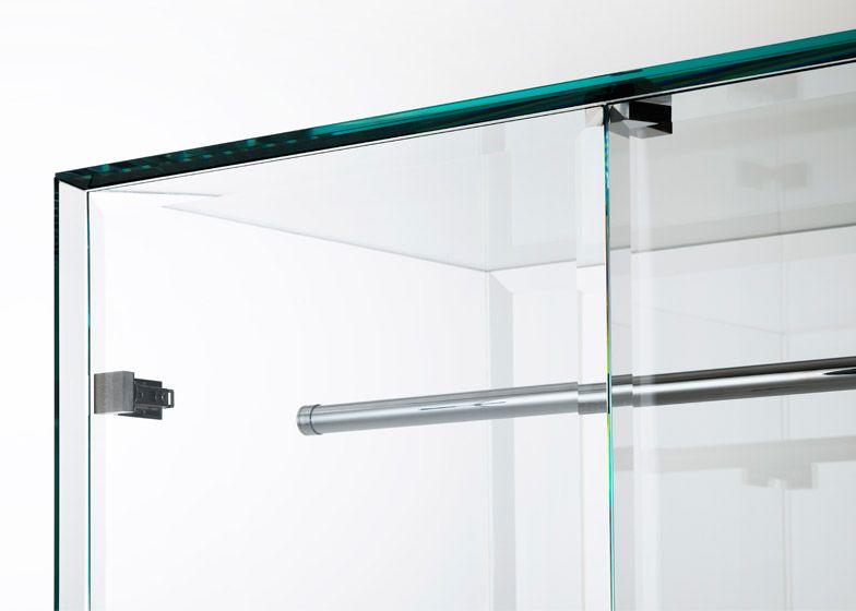 Prism-glass-closet_Tokujin-Yoshioka_Glas-Italia_dezeen_784_4