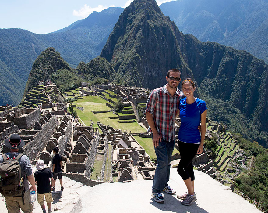 couple-sells-everything-travels-world-cat-matt-jessica-johnson-16