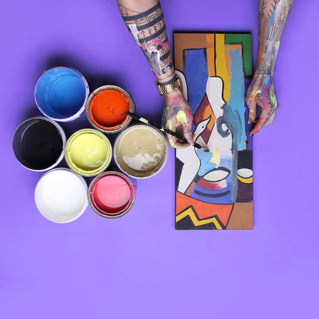 artist-working-what-my-hands-doing-ponypork-6