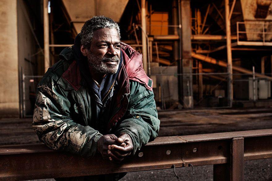 lighting-homeless-people-portraits-underexposed-aaron-draper-13