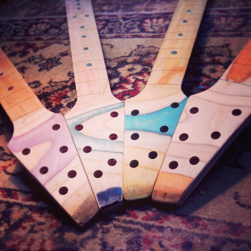 Skateboard_Guitars_3