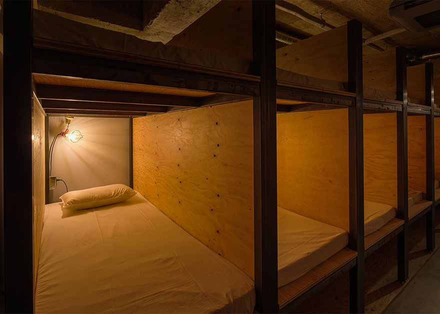 library-hotel-book-bed-tokyo-5