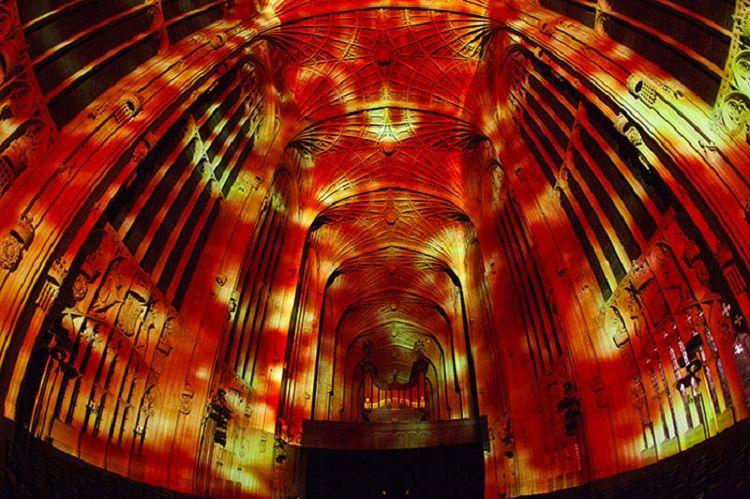 digital-projection-kings-college-chapel-cambridge-miguel-chevalier-8