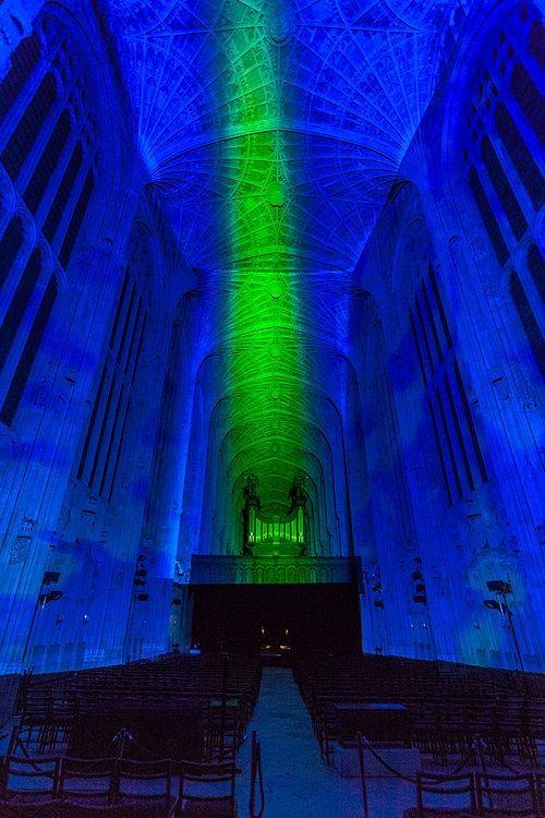 digital-projection-kings-college-chapel-cambridge-miguel-chevalier-9