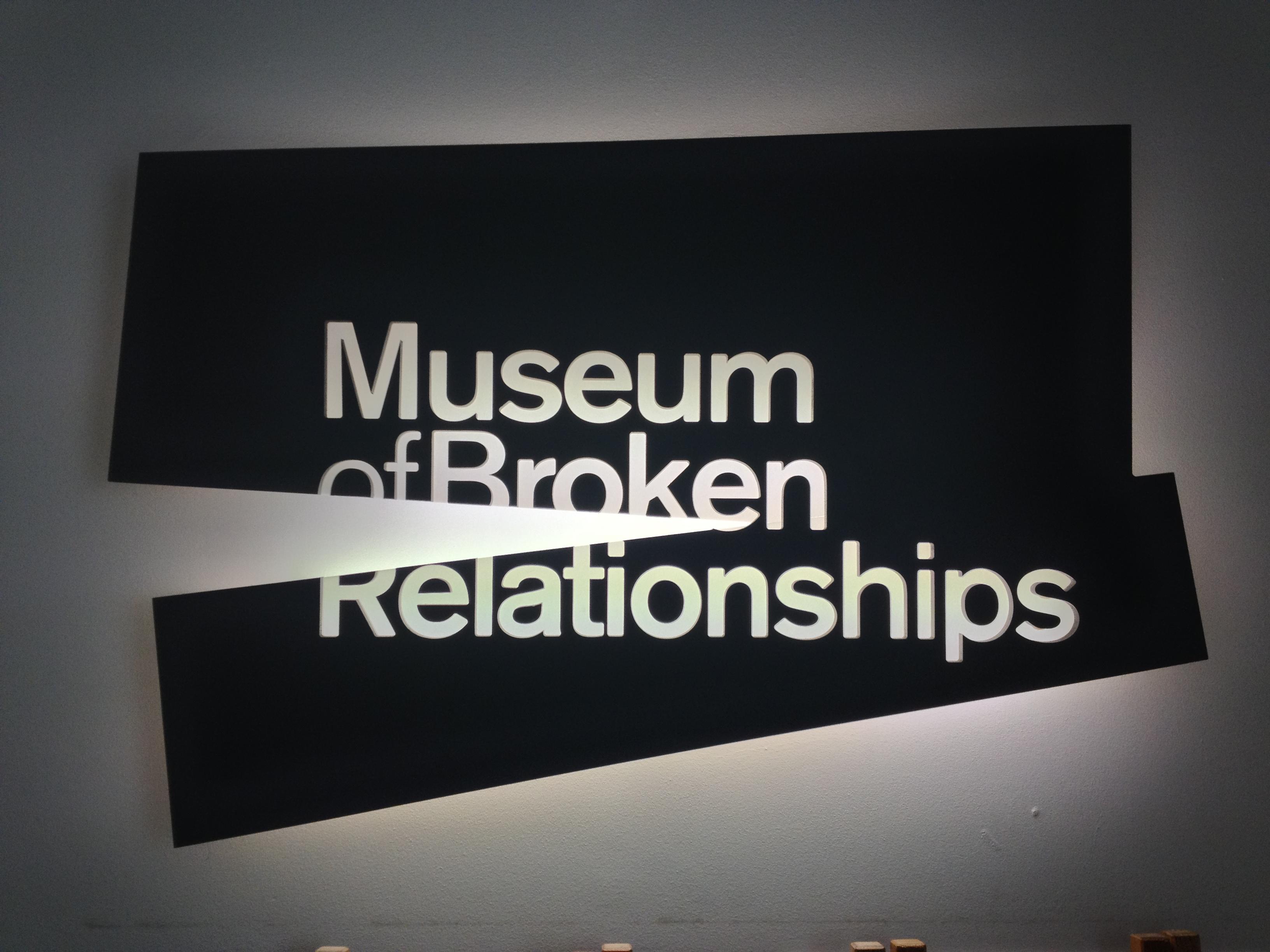 Museum of Broken Relationships szyld