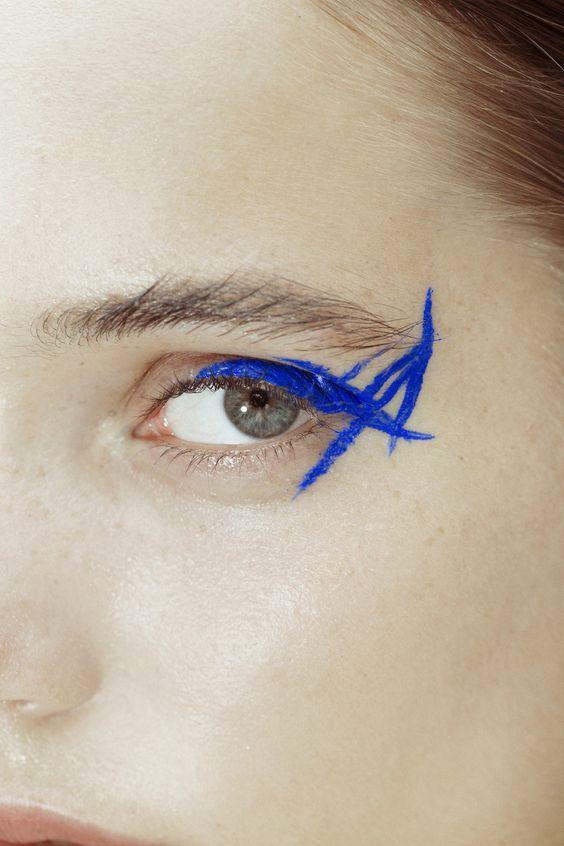 niebieski eyeliner & other stories
