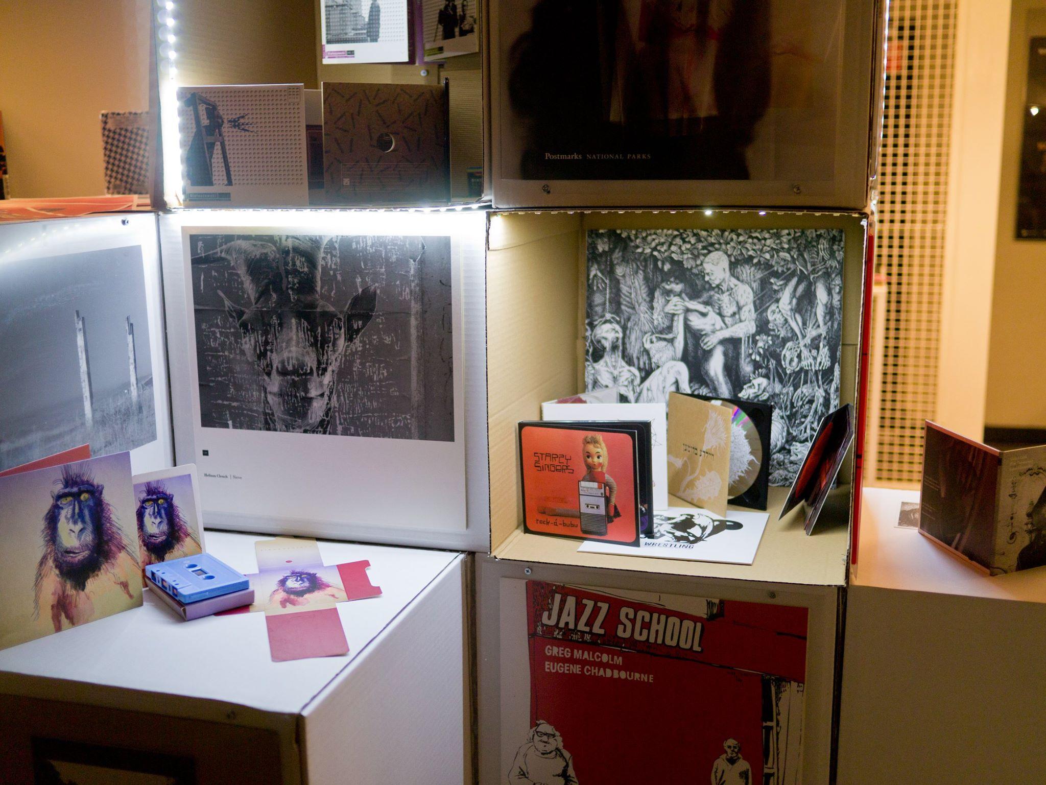 """Bôłt Records ze swoimi płytami na wystawie """"Pokolenie wyżej"""" we wrocławskim kinie Nowe Horyzonty"""