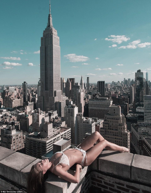 modelka na dachu 2