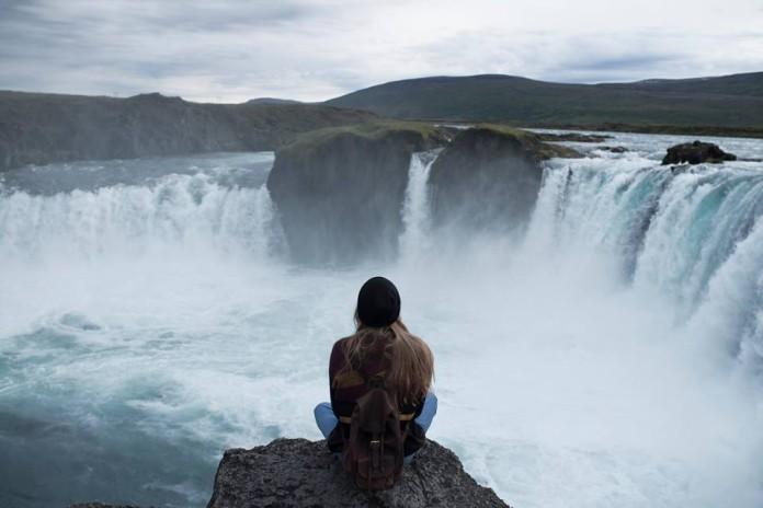 krajobraz islandzki wodospad