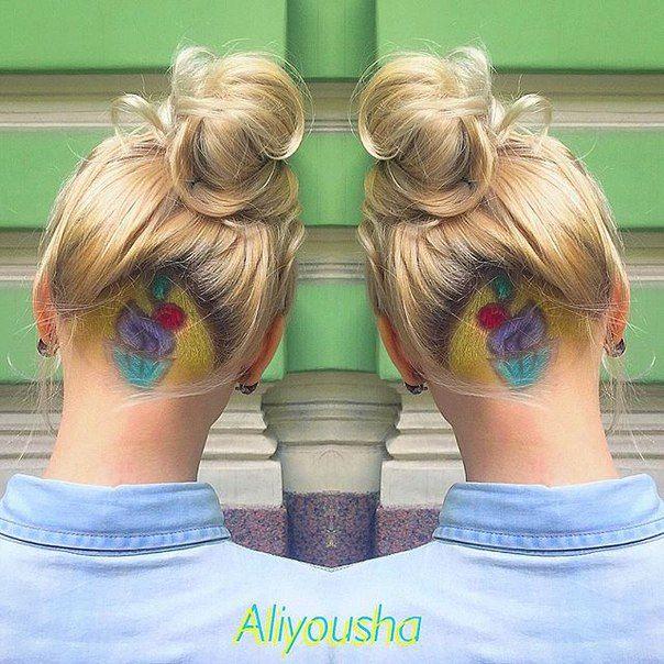 fryzura wycięta pod kokiem - kolorowy wzór