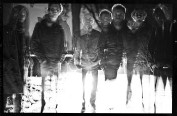 stare analogowe czarno-białe zdjęcie zespołu