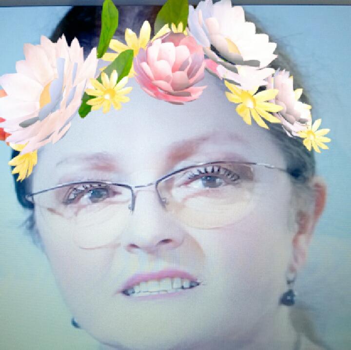 Krystyna Pawłowicz filtr z kwiatami