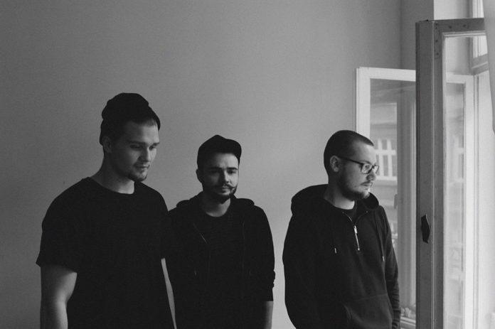 czarno-białe zdjęcie, członkowie zespołu kroki