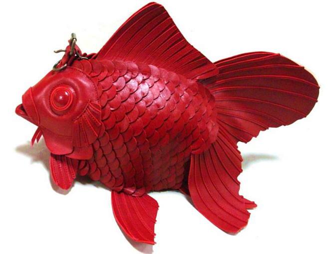 duża czerwona ryba