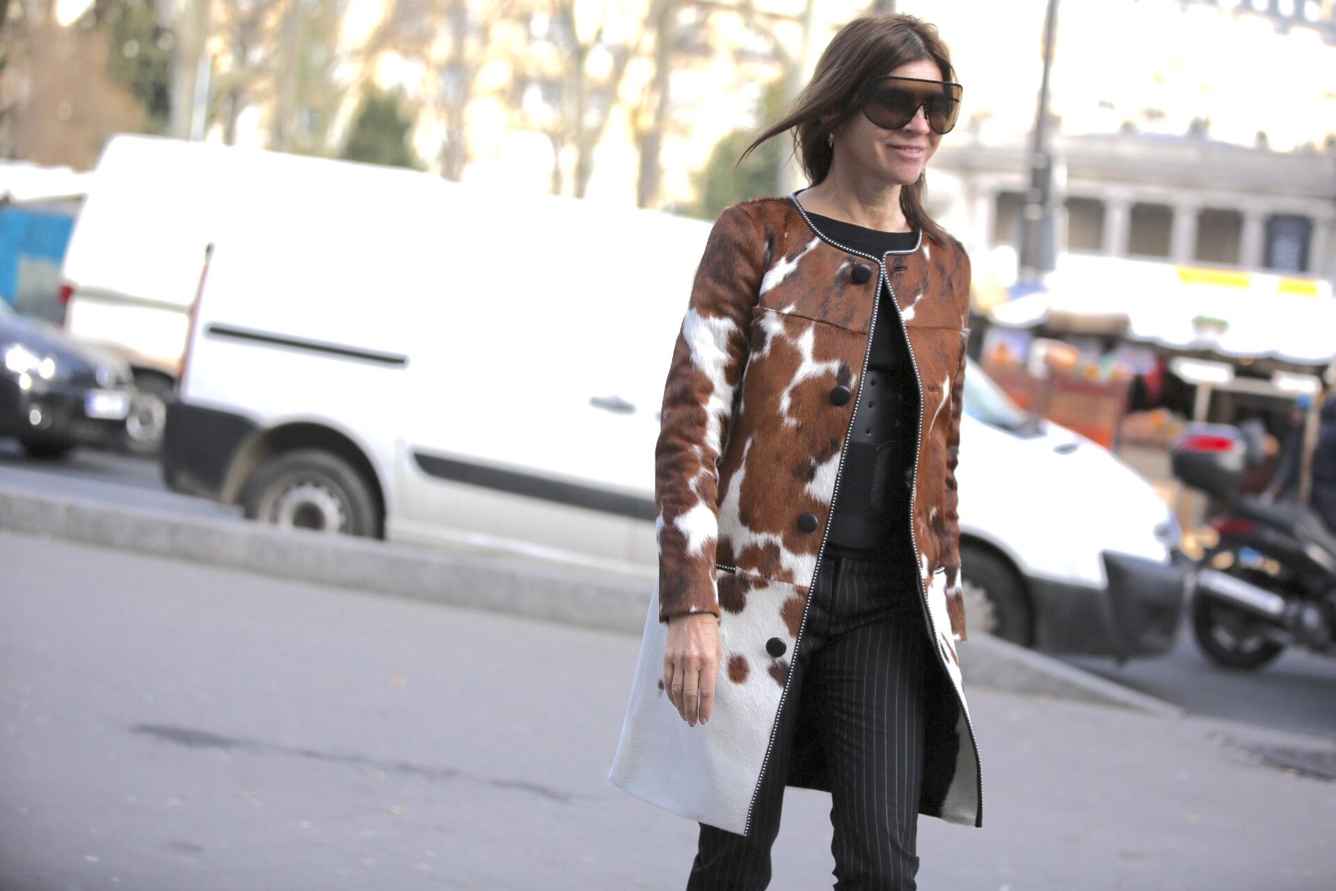Carine Roitfeld w płaszczu