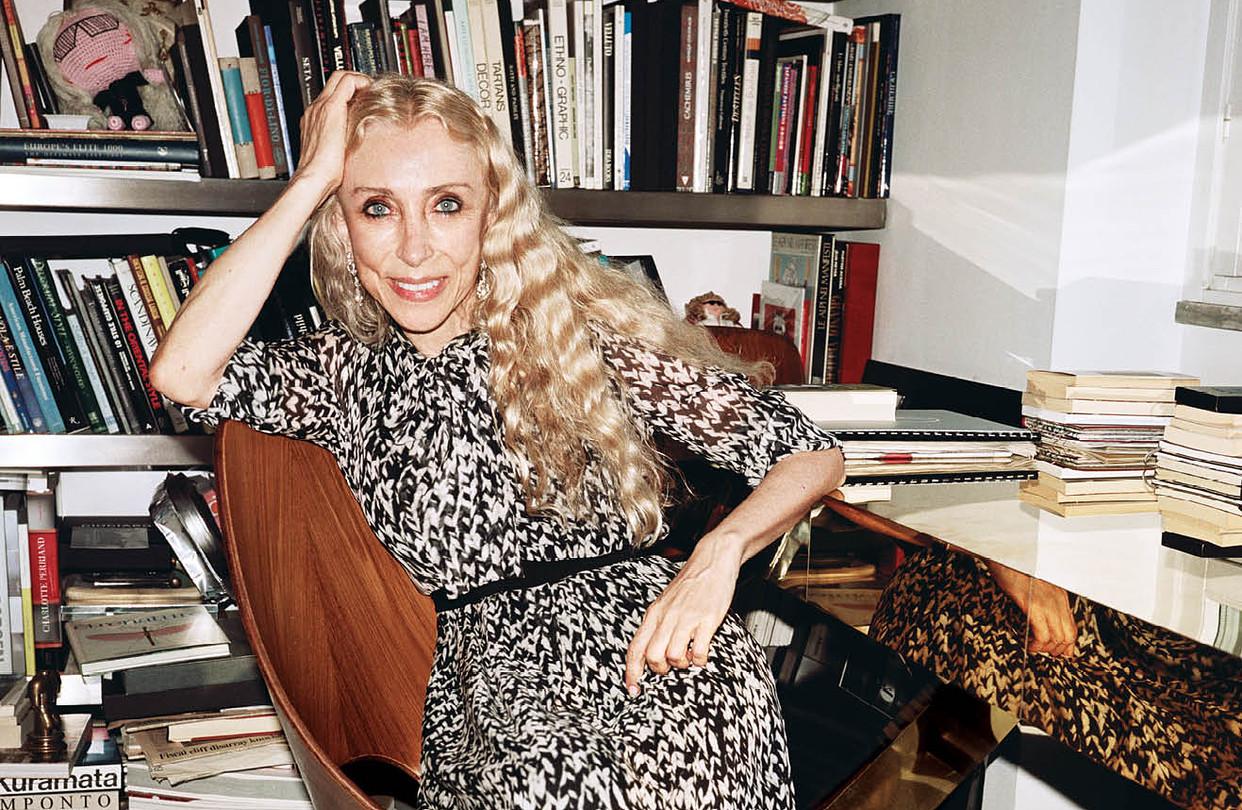 Franca Sozzani w biurze