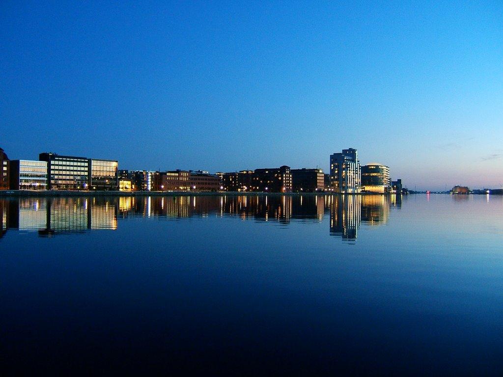 island brygge w Kopenhadze nocą