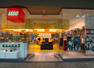 Wejście do sklepu z klockami LEGO