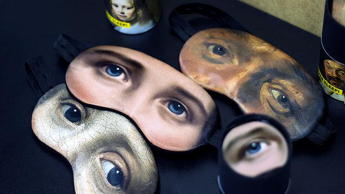 Rozrzucone opaski na oczy z oczami postaci z obrazów
