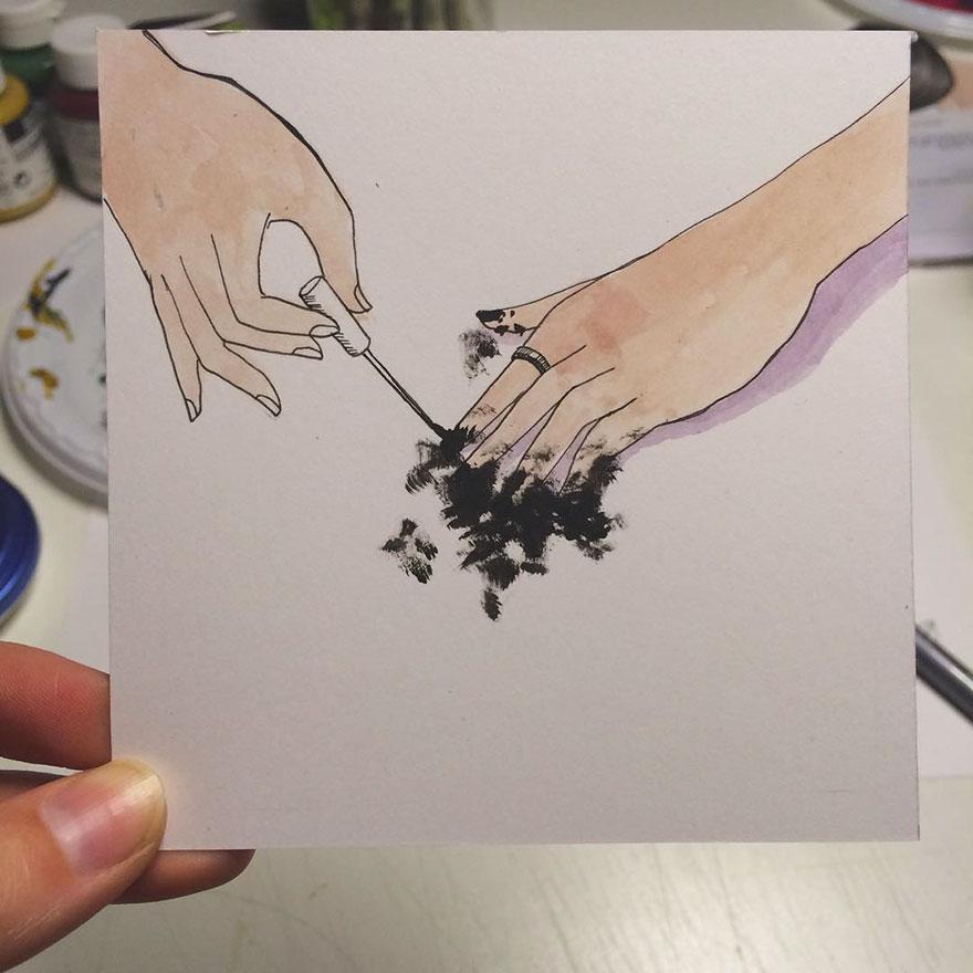 Malowanie paznokci czarnym lakierem