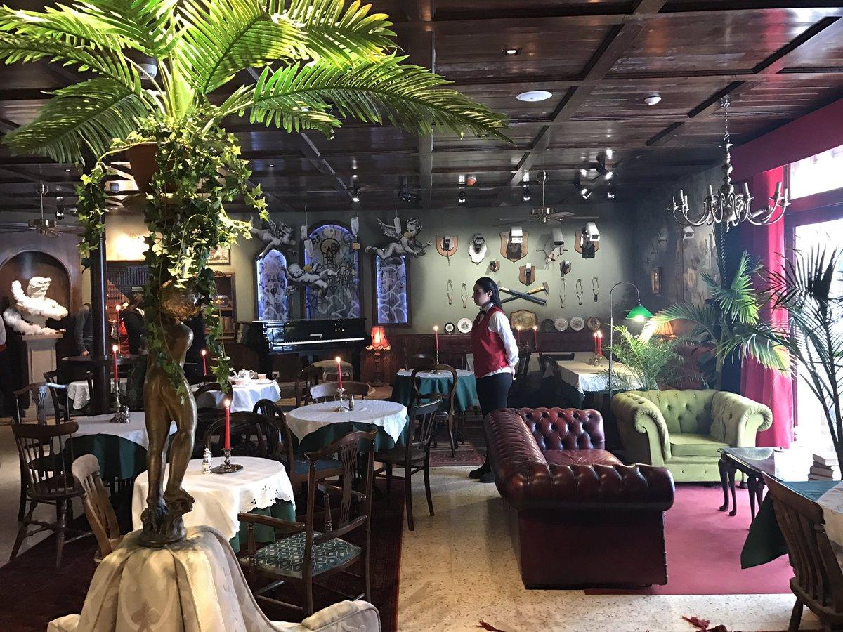 Palarnia w hotelu Banksyego