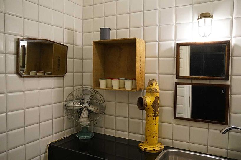 Lazienka w hotelu Banksyego