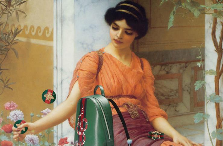 Klasyczny obraz przedstawiający kobietę z ciemnymi włosami w pomarańczowej sukience