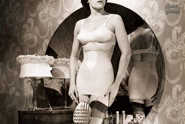Kobieta ubrana w gorset