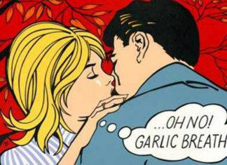 Pop-artowa para, która się całuje