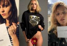 """Trzy dziewczyny: brunetka z zaciśniętą pięścią, blondynka ubrana w bluzę z kwiatem między nogami i blondynka trzymająca kartkę """"Popieram Dziewuchy"""""""