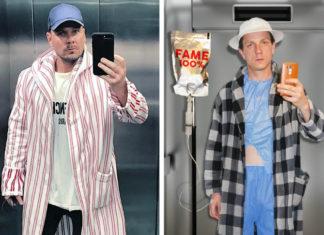Dwa zdjęcia, zdjęcie z lewej przedstawia mężczyzne ubranego w płaszcz w pasy, czapkę stoi w windzie i robi selfie, z prawej chłopak stoi w szpitalnym ubraniu, narzuconym szlafroku z kroplówką z napisem 100% FEJM