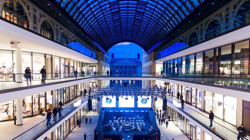 wnetrze centrum handlowego w Berlinie