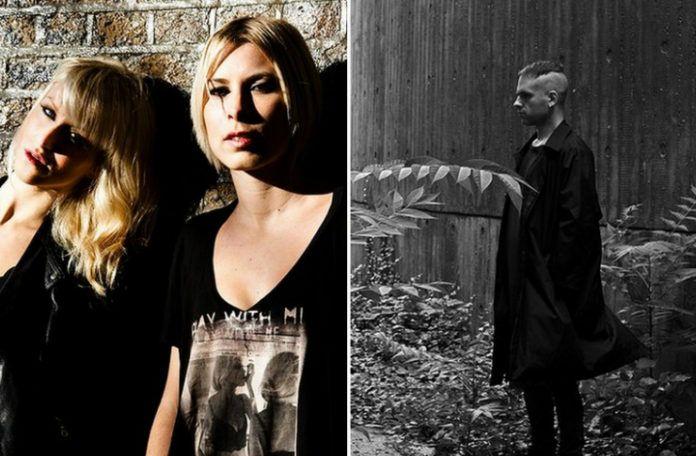 Dwie dziewczyny w czarnych koszulkach i czarno-białe zdjęcie mężczyzny stojącego profilem w ciemnym płaszczu