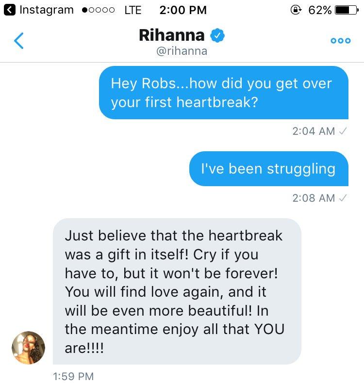 Zrzut ekranu prezentujący rozmowę fana z Rihanna