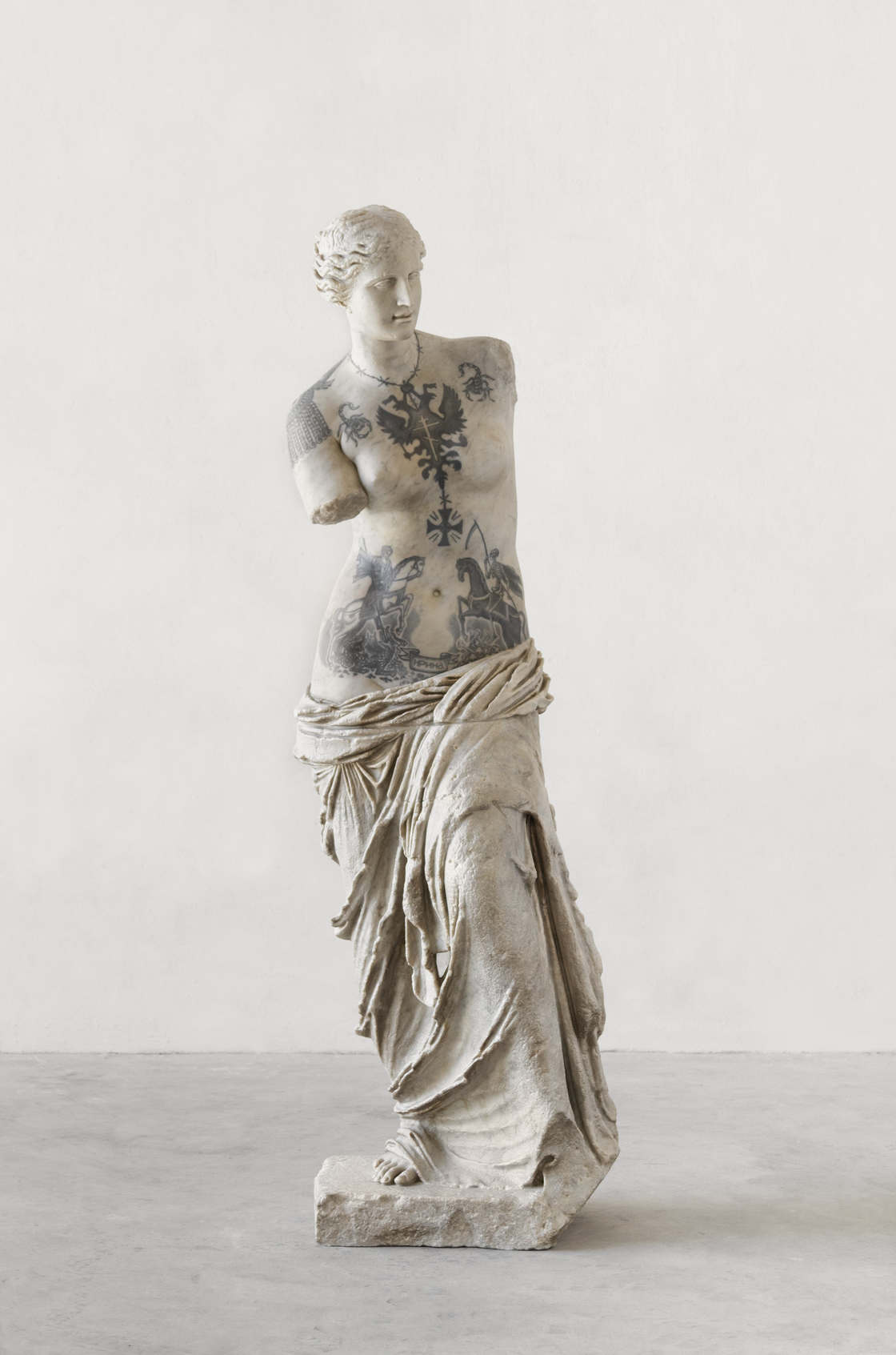 Wytatuowane klasyczna rzeźba