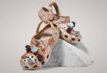 Gumowe buty ozdobione kamykami
