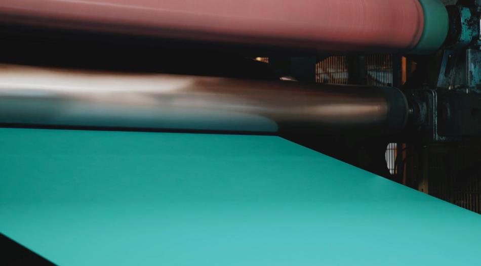 Zdjęcie z procesu drukowania papieru w kolorze Marrs Green