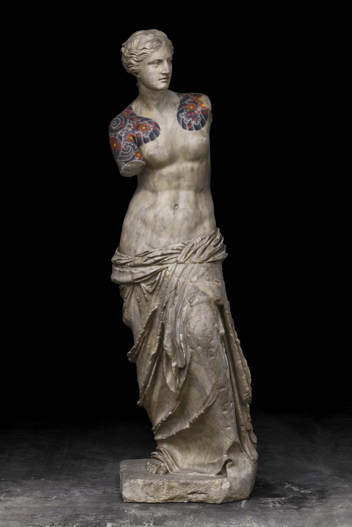 Wytatuowana rzeźba Venus z Milo