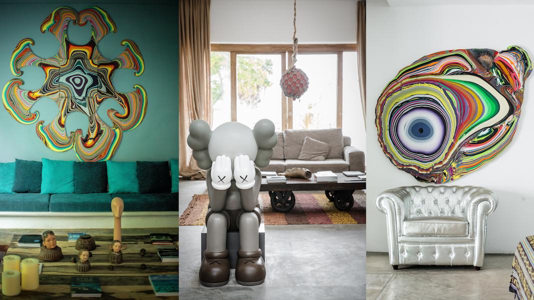 Obrazy, rzeźby stojące w ekskluzywnym wnętrzu domu
