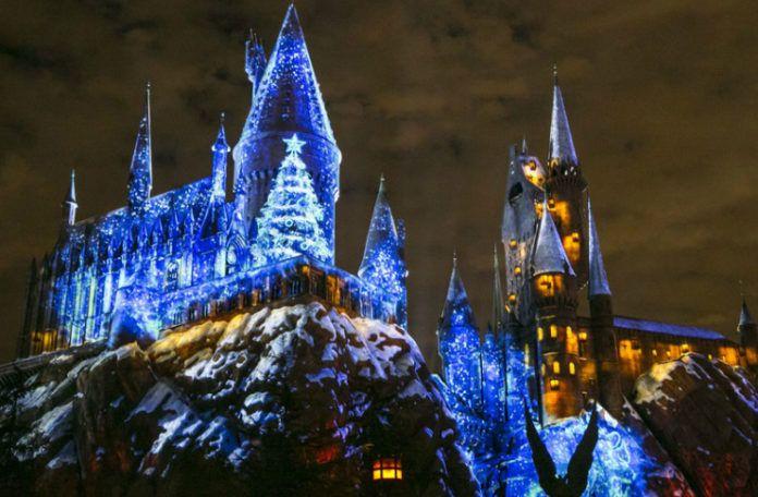 Oświetlony zamek